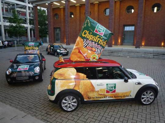 Autobeschriftung und Fahrzeugverklebung mit Spiering Werbung