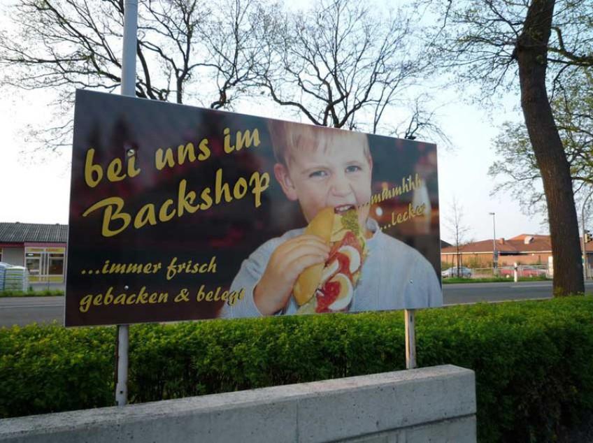 Schöne Werbeschilder mit Spiering Werbung in Osnabrück